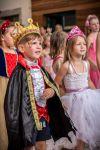 Svatojánský bál princezen a rytířů 2019 na zámeckém nádvoří